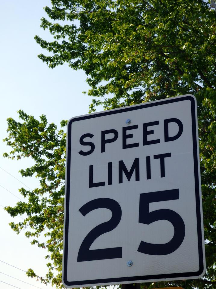 speed-limit-fotoa